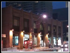 Toronto Coach Terminal,很早去搭車,天色還很昏暗