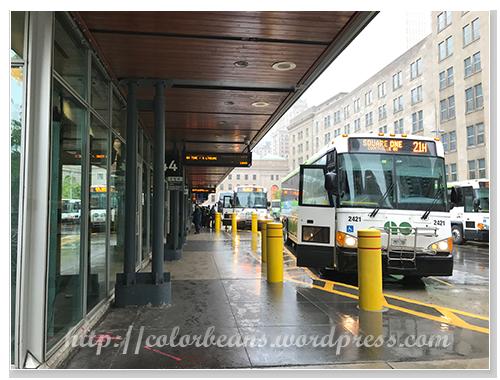 Union Station Bus Terminal。這裡只有Go Bus喔
