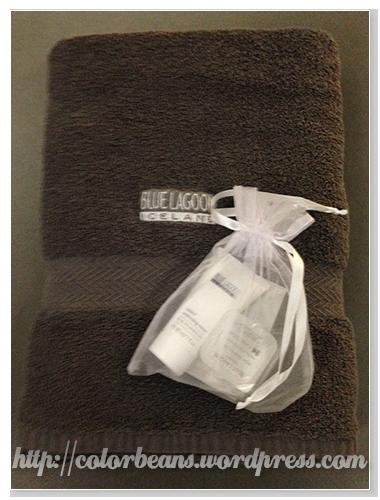 Comfort套餐的浴巾和小份護膚產品