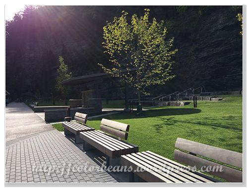 公園入口處的休憩處